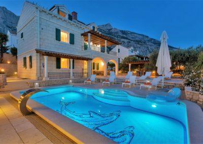 Villa_Petra_mit_pool42